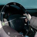 Ученые показали единственное правильное положение рук на руле